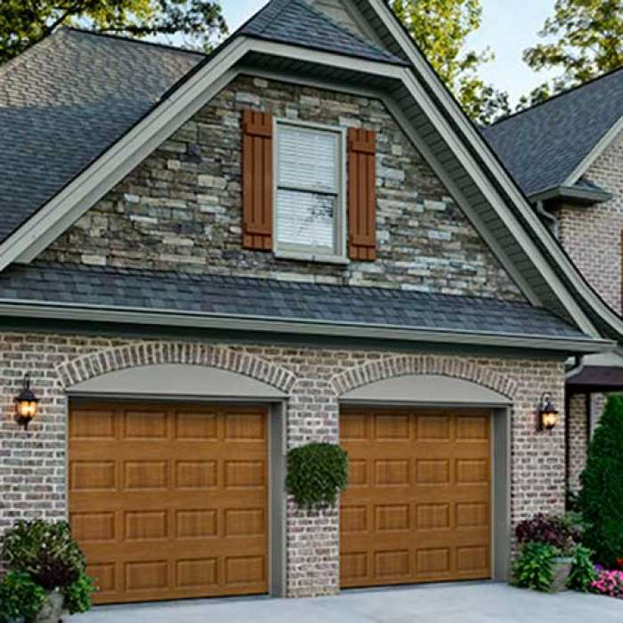 Amarr STRATFORD Traditional Steel Garage Door