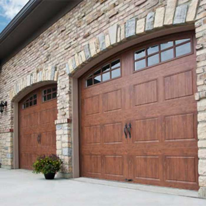CLOPAY GALLERY® COLLECTION Steel Garage Door
