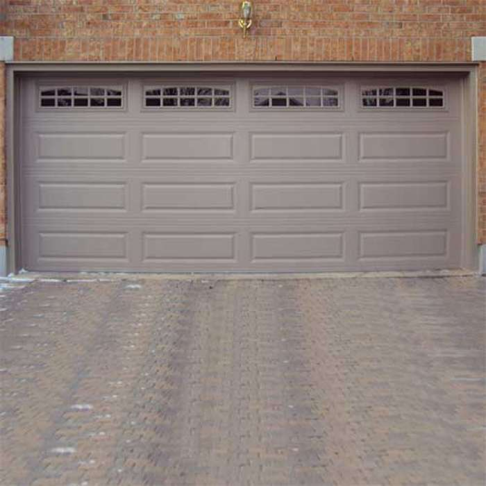 C.H.I. Raised Panel Garage Door 4250