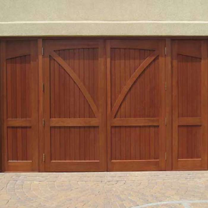 Artisan Medallion True Swing Doors