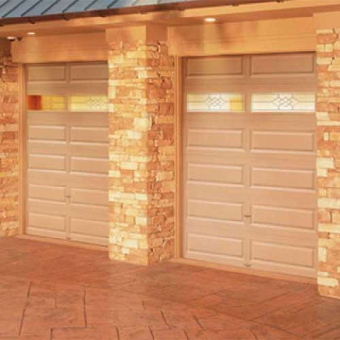 CLOPAY Classic™ Collection VALUE SERIES Steel Garage Door