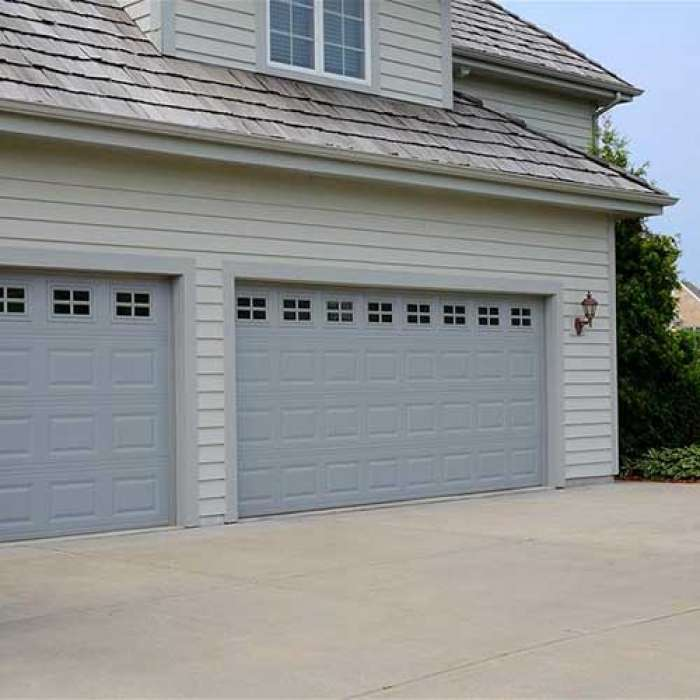 C.H.I. Raised Panel Garage Door 2283