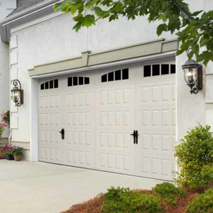 Amarr HILLCREST Steel Carriage House Garage Door