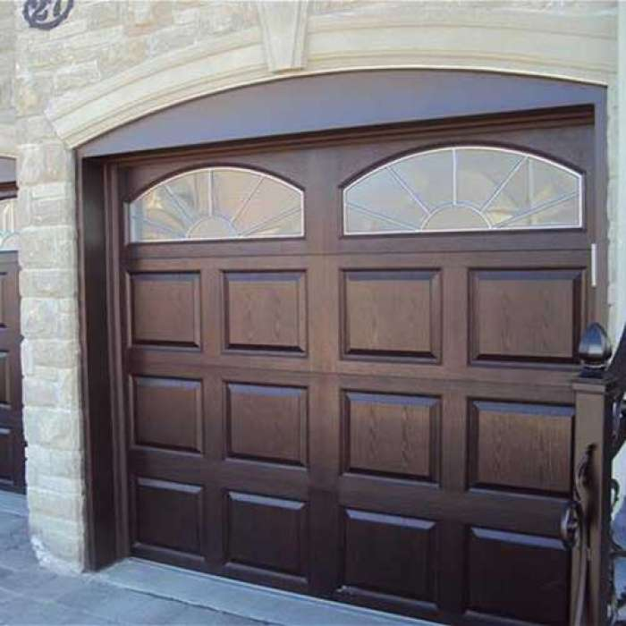 C.H.I. Raised Panel Garage Door 2752