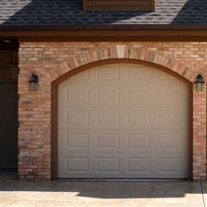 C.H.I. Raised Panel Garage Door 2251